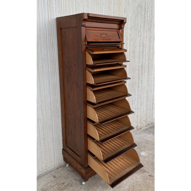 Art Deco Filing Cabinet With Eight Sliding Drawers and Wheels For Sale In Miami - Image 6 of 9