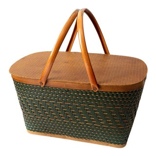 20th Century Rustic Green Picnic Basket For Sale