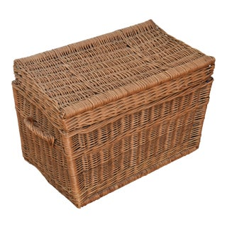 Vintage French Woven Wicker & Willow Trunk For Sale