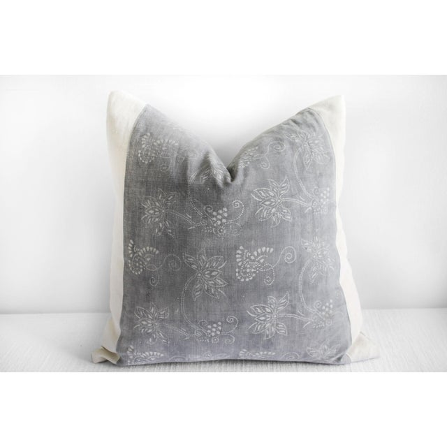 Vintage Tribal Gray and Natural Textile Pillow For Sale In Los Angeles - Image 6 of 6