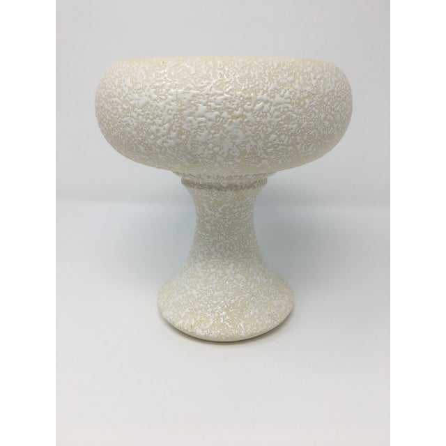 Mid-Century Modern Winter White Pottery Collection - 3 Pieces For Sale In Minneapolis - Image 6 of 13