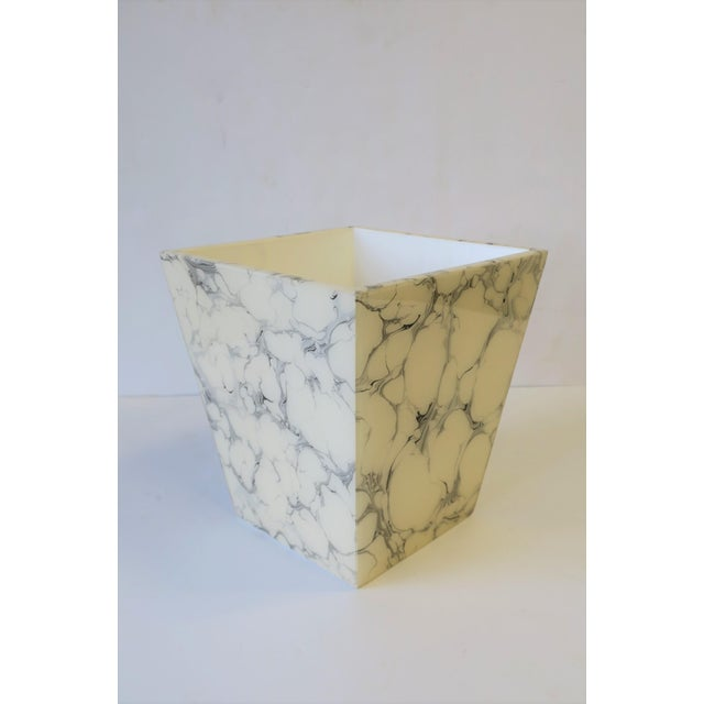 Black and White Marble Style Wastebasket or Trash Can Set For Sale - Image 11 of 13