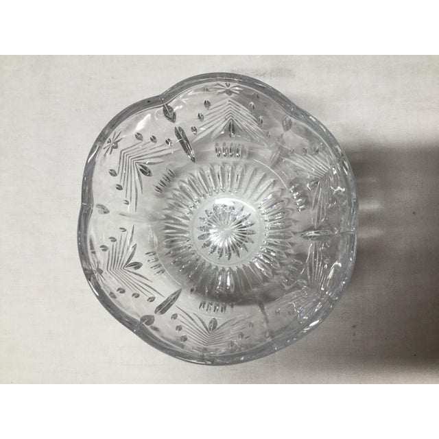 This is the perfect size serving bowl for the upcoming holiday feast. 24% Lead Crystal is a heavy durable serving bowl....