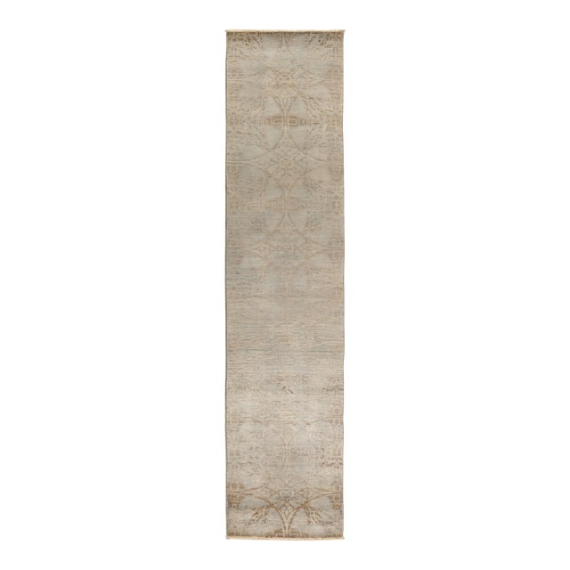 "Vibrance Hand Knotted Runner Rug - 2' 5"" X 11' 5"" For Sale"