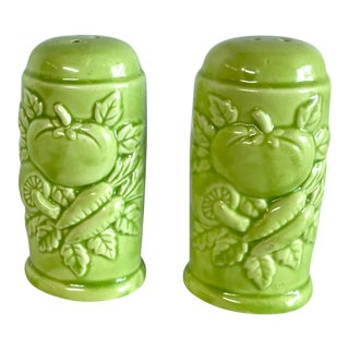 Vintage Lime Green Salt and Pepper Shakers - Set of 2 For Sale