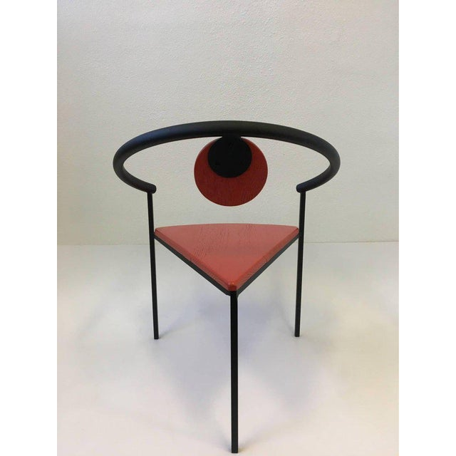Set of Four Tripod Memphis Dining Chairs in the Manner of Michele de Lucchi For Sale In Palm Springs - Image 6 of 11