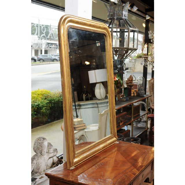 French French 19th Century Louis-Philippe Giltwood Mirror with Foliage and Beading For Sale - Image 3 of 12