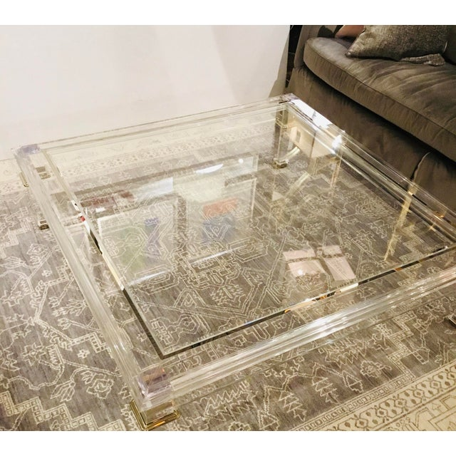Caracole Signature Contemporary Acrylic Pierre Cocktail Table For Sale In Atlanta - Image 6 of 7
