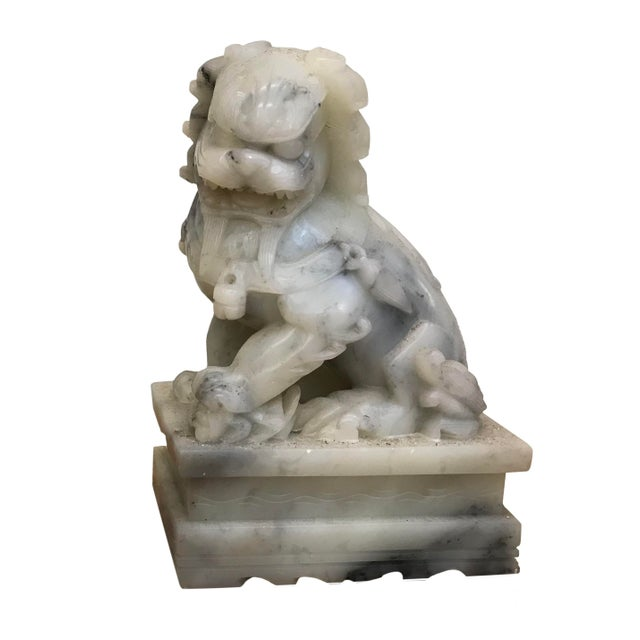 Late 19th Century Chinese Export Marble Foo Lions - a Pair For Sale - Image 4 of 5