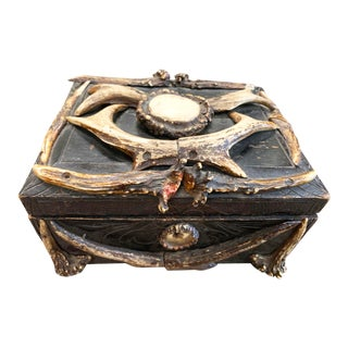 Mid 19th Century German Black Forest Rosette Wood Carved Humidor Box C1860 For Sale