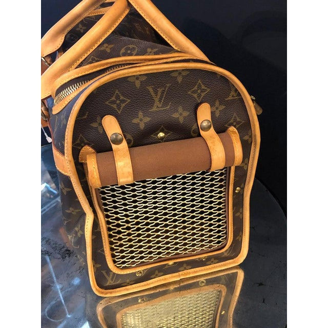 Louis Vuitton 40 Monogram Canvas Luggage Bag For Sale - Image 9 of 12