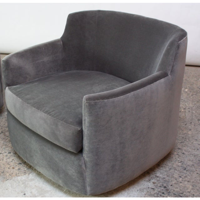 Mahogany Mid-Century American Modern Tub Chairs in Mohair and Velvet For Sale - Image 7 of 13