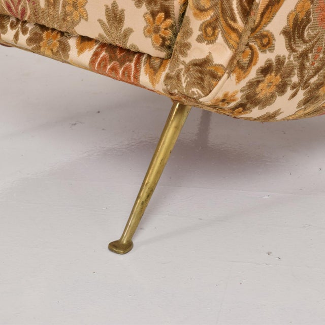 Gold Pair of Sculptural Arm Chairs Made in Italy, in the Style of Gio Ponti For Sale - Image 8 of 10