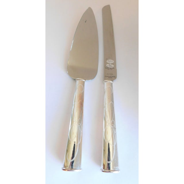 2000 - 2009 Kate Spade for Lenox Belle Boulevard Cake Cutter and Server - a Pair For Sale - Image 5 of 10