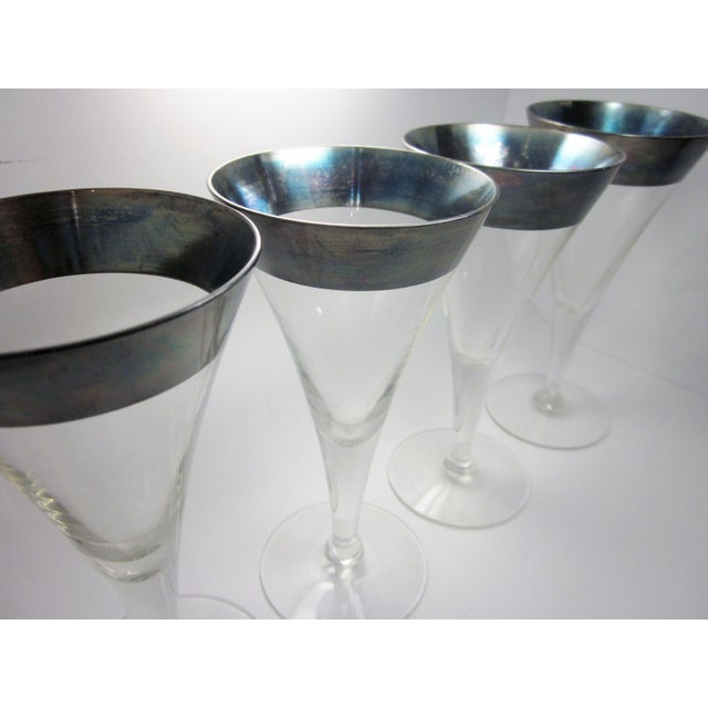 Dorothy Thorpe Vintage Mid Century Modern Dorothy Thorpe Style Sterling Silver Rimmed Triangle Fluted Wine Martini Cocktail Stemware - Set of 8 For Sale - Image 4 of 10