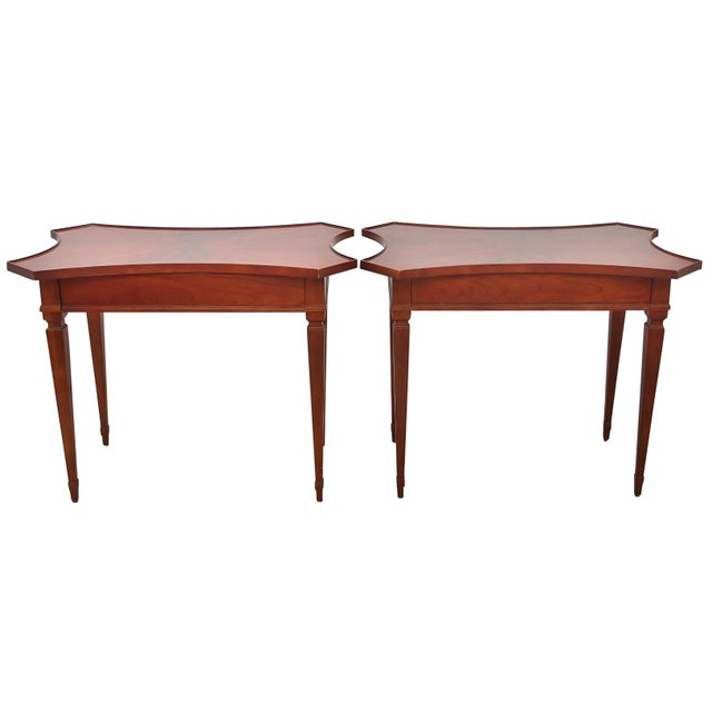 "1970s Traditional Solid Wood ""Sheild"" Side Tables by Baker - a Pair For Sale - Image 9 of 9"