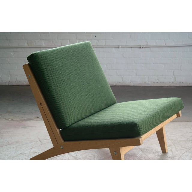 Hans Wegner Easy Chair Model GE370 for GETAMA, 1960s For Sale - Image 5 of 10