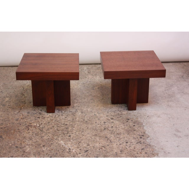 Veneer Pair of Milo Baughman 'Cruciform' End Tables For Sale - Image 7 of 13