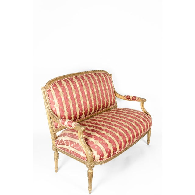 Hollywood Regency Early 19th Century Louis XVI Style Giltwood Frame Settee For Sale - Image 3 of 13