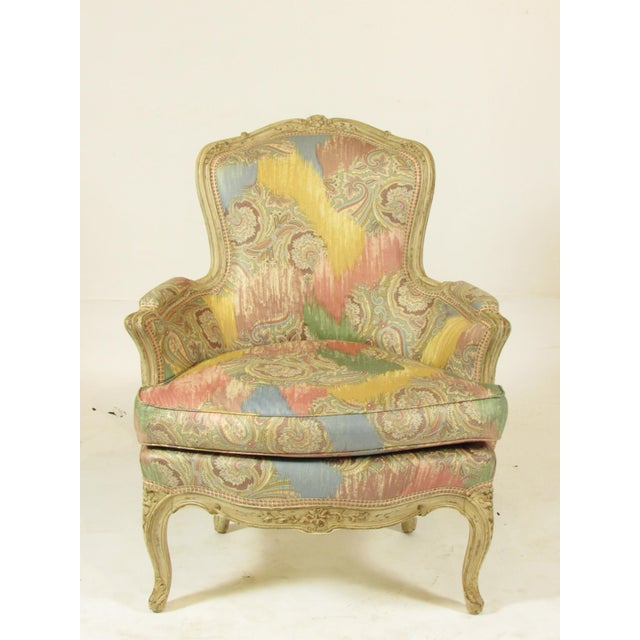 White Louis XV-Style Painted Bergere For Sale - Image 8 of 8