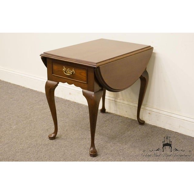 Stickley 20th Century Queen Anne Cherry Wood Drop-Leaf End Table For Sale - Image 4 of 13