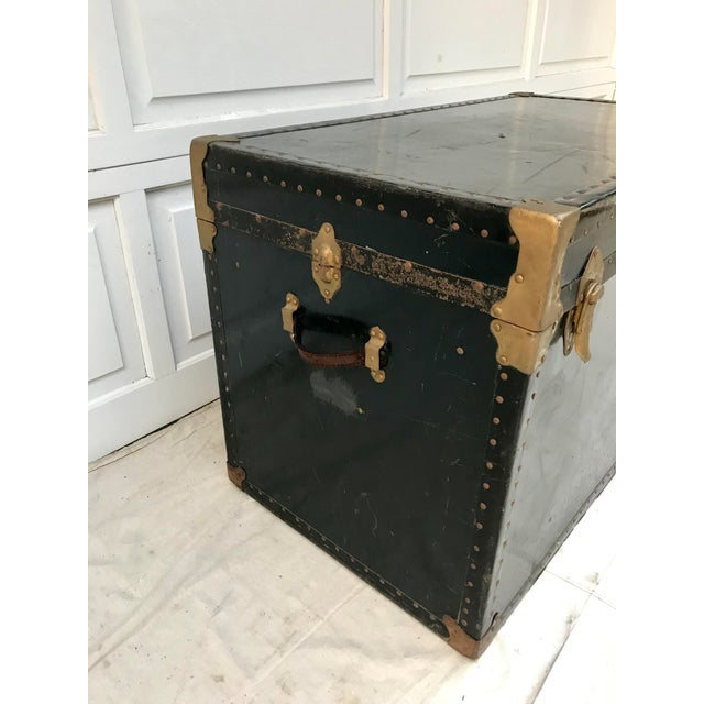 Americana Early 20th Century XL Antique American Trunk For Sale - Image 3 of 8