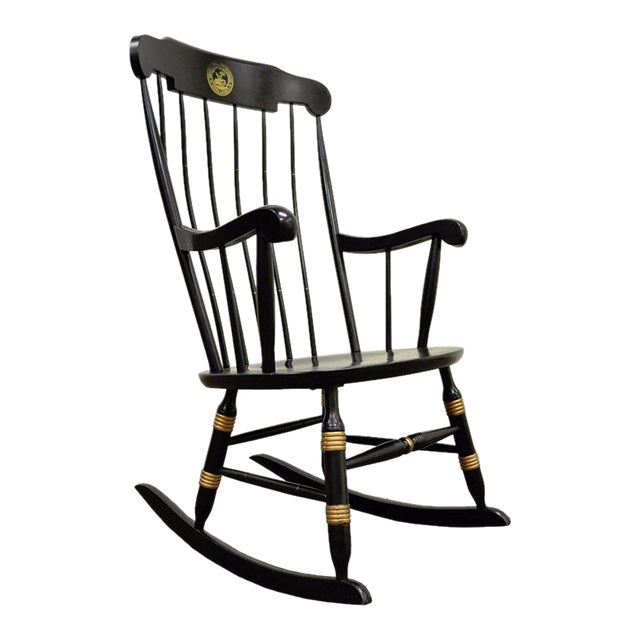 Vintage Sigill College University Nichols & Stone Windsor Rocking Chair Rocker For Sale