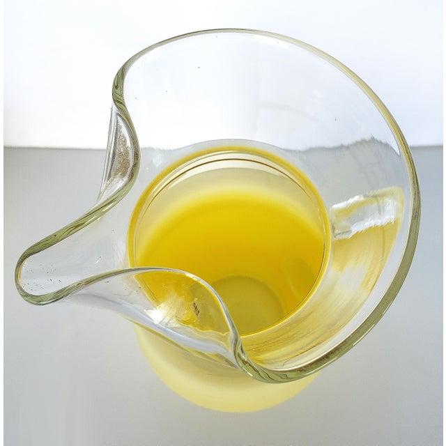 Mid-Century Modern Blendo West Virgina Glass Cocktail Pitcher & Glasses - Set of 5 For Sale - Image 3 of 7