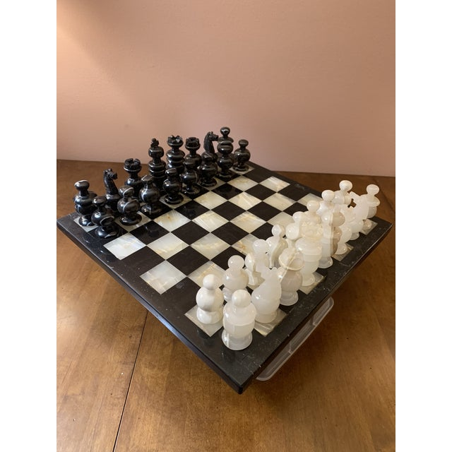 Hollywood Regency 1970s Vintage Hand Carved Quartz/Marble Complete Chess Set - 32 Pieces For Sale - Image 3 of 13