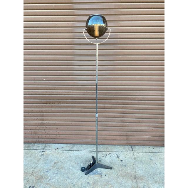 1960s Mid-Century Modern Globe Floor Lamp in the Style of Frank Ligtelijn for Raak For Sale - Image 4 of 5