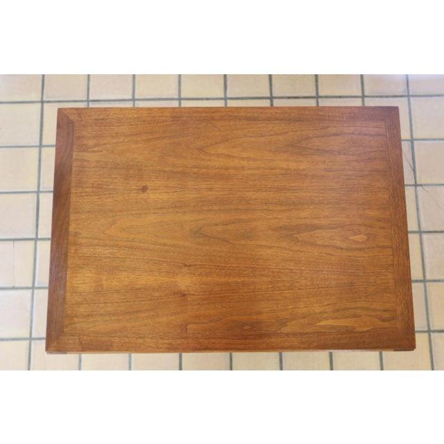 Lane Rhythm Mid-Century Walnut Side Table For Sale - Image 5 of 10