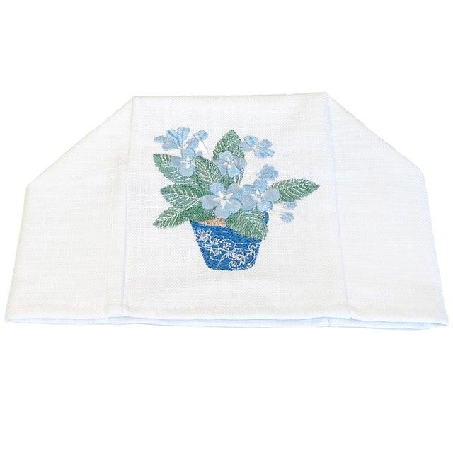 Contemporary Blue Cache Pot Tissue Box Cover - White Linen / Cotton, Embroidered For Sale - Image 3 of 4