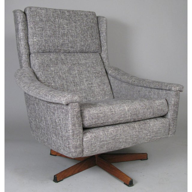 Wood 1950s Danish High Back Swivel Lounge Chairs - a Pair For Sale - Image 7 of 13