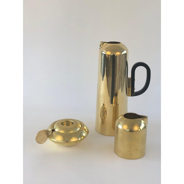 Art Deco Tom Dixon Brass Form Jug, Milk Jug, Sugar Bowl and Spoon For Sale - Image 3 of 3