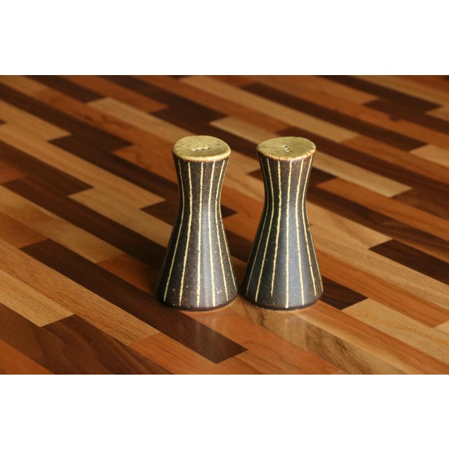 Frank Mann Pottery Salt and Pepper Shakers For Sale - Image 4 of 6