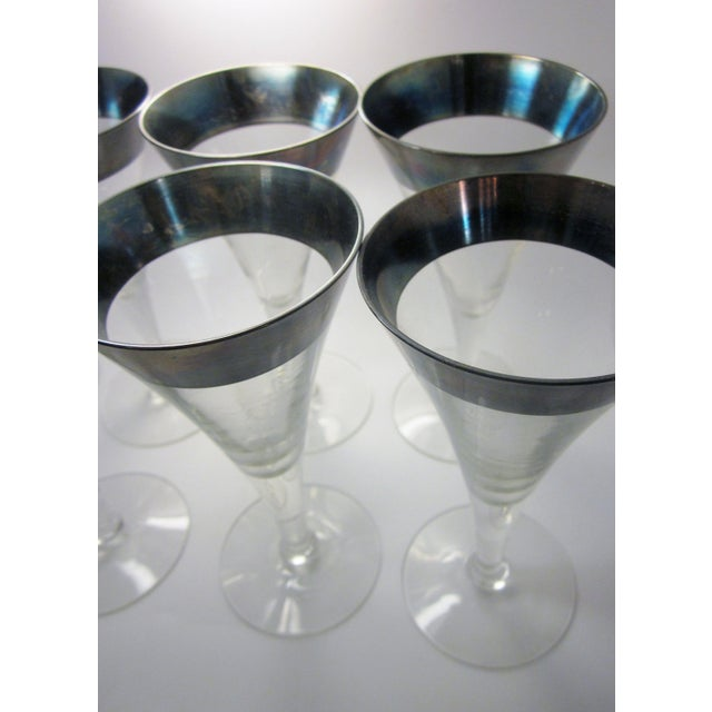 Mid-Century Modern Vintage Mid Century Modern Dorothy Thorpe Style Sterling Silver Rimmed Triangle Fluted Wine Martini Cocktail Stemware - Set of 8 For Sale - Image 3 of 10