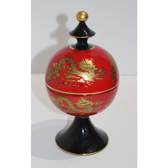 Mid-Cnntury Chinese Emperor Dragon Motif Red Footed Round Box From Heygill Italy For Sale - Image 4 of 9