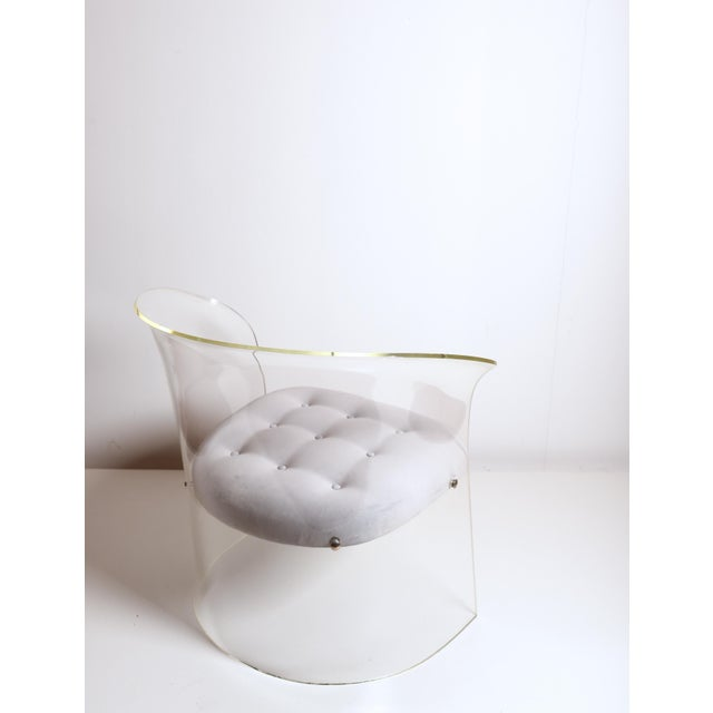 1960s Mid-Century Modern Vladimir Kagan Lucite Barrel Chair For Sale In Detroit - Image 6 of 13