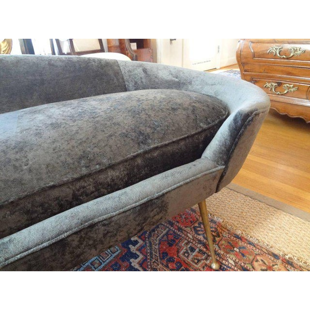 1960s Mid-Century Italian Curved Sofa With Brass Legs Attributed to Federico Munari For Sale - Image 5 of 9