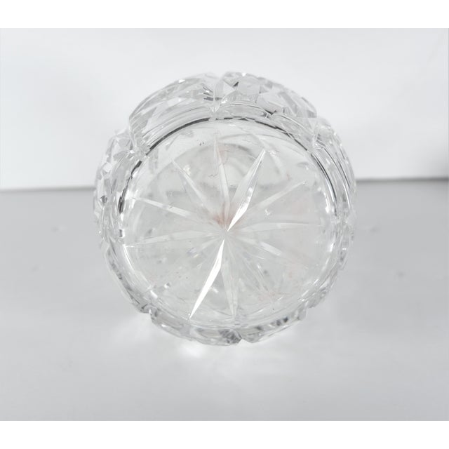 Early 20th Century John Grinsell & Sons Cut Crystal Decanter With Sterling Silver Top Rim For Sale - Image 5 of 7