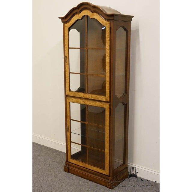 "Traditional Jasper Cabinet St. Albans Collection 28"" Display Curio Cabinet For Sale - Image 3 of 12"