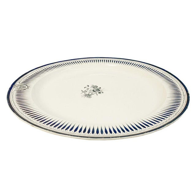 English Traditional Large Wedgewood Serving Platter For Sale - Image 3 of 10