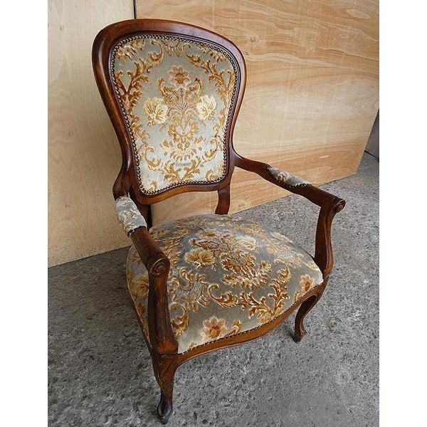 Antique Elegant French Louis XV Style Original Floral Upholstery Walnut Armchair For Sale - Image 10 of 13