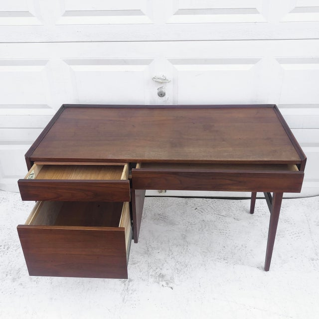 Mid-Century Modern Mid-Century Writing Desk With Raised Edge by Dillingham For Sale - Image 3 of 13