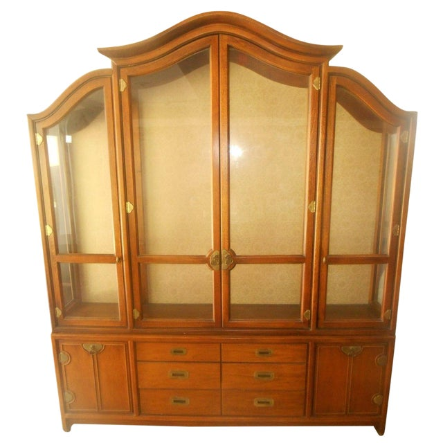 Hickory Mfg. Co. Lighted 2 Piece China Cabinet - Image 1 of 9