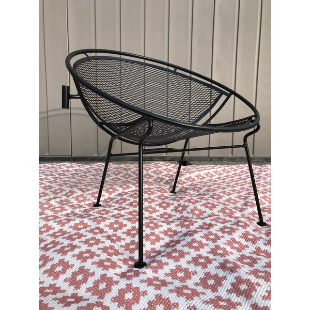 1950s Salterini Tempestini Radar Space Age MCM Mid-Century Modern Wrought Iron Lounge Patio Chairs With Tray Set #4 - a Pair For Sale - Image 10 of 13