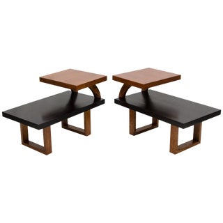 Pair of Midcentury Two-Tier Oak Two-Tone End Tables in Paul Laszlo Style For Sale