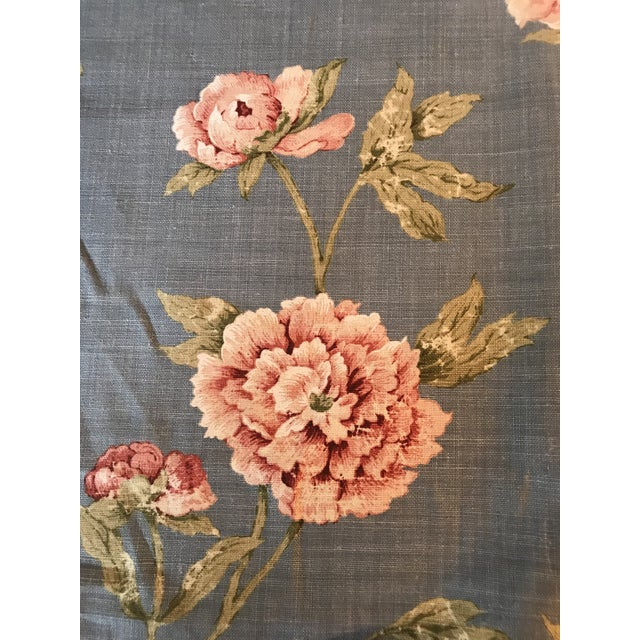 Shabby Chic Colefax & Fowler Karina Blue Linen Fabric - 7 3/8 Yards For Sale - Image 3 of 10