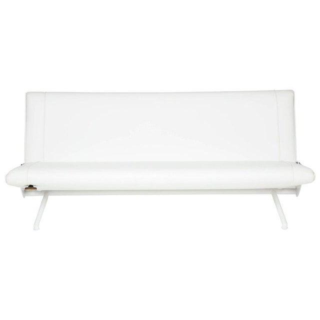 Modern Osvaldo Borsani D70 Sofa for Tecno For Sale - Image 3 of 3