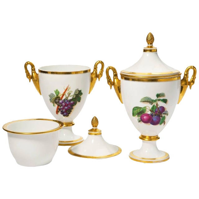 Early 19th Century Large French Porcelain Fruit Coolers and Covers - a Pair For Sale
